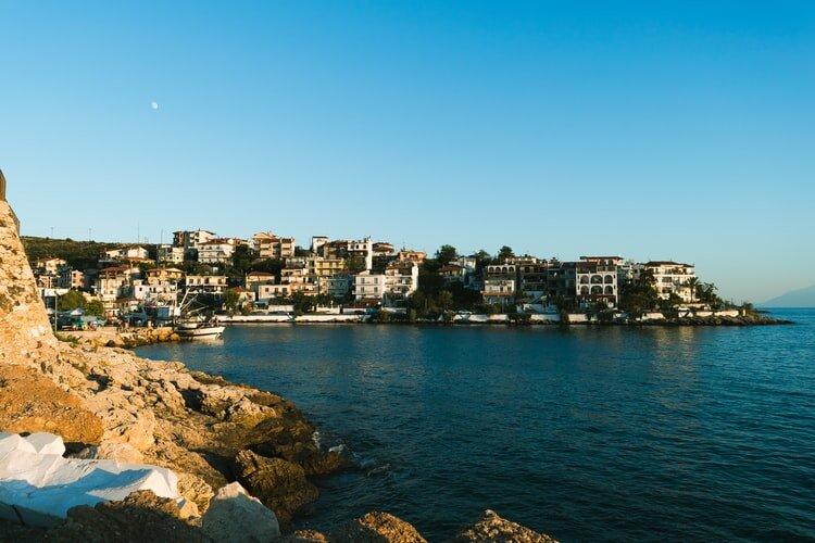 Port, Limenas